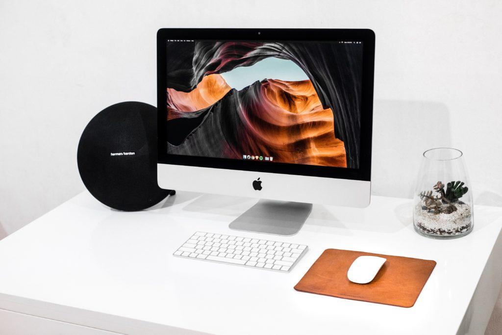 iMac office